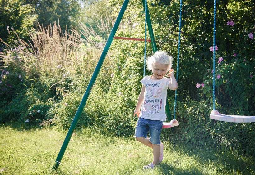 Porträtt barn fotografering med Otto i Torpa Kungsbacka fotograf Catharina Andersson CFoto